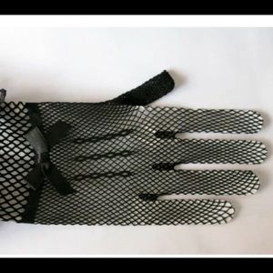 Pink Magnolia Accessories - NWT Beautiful fishnet formal gloves
